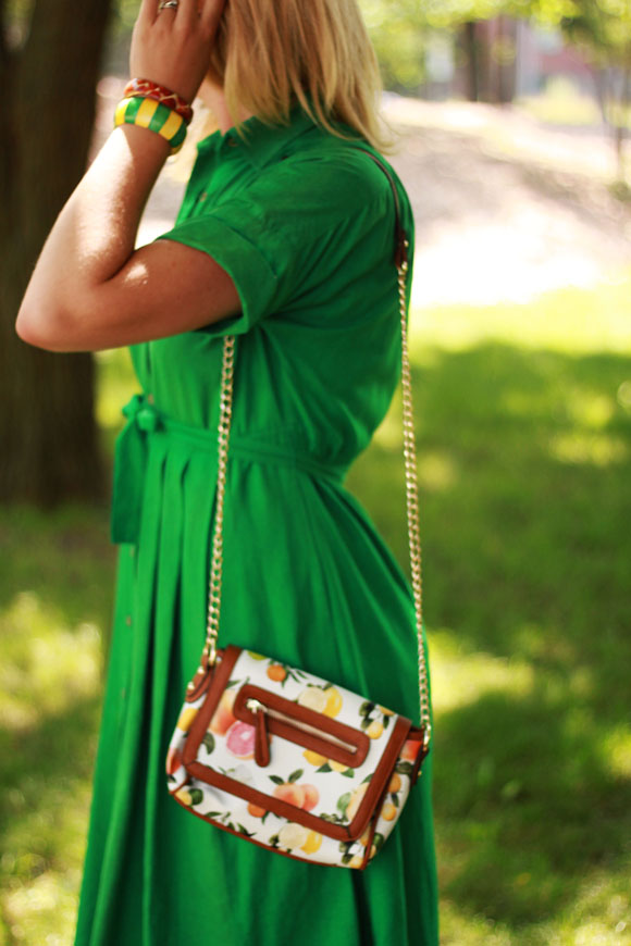 Emerald vintage, citrus purse // We So Thrifty
