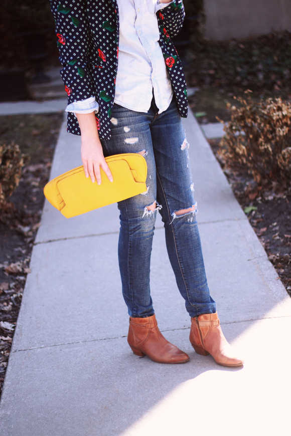 Vintage blazer, ripped jeans, leather boots // We So Thrifty